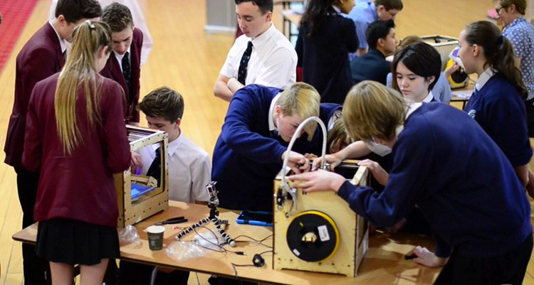 3d printers brings kids and classrooms to life