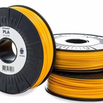 Official Ultimaker PLA filament in yellow
