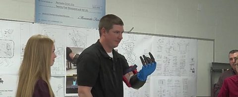 Middle-school-students-create-3d-prosthetic-arm-for-farmer